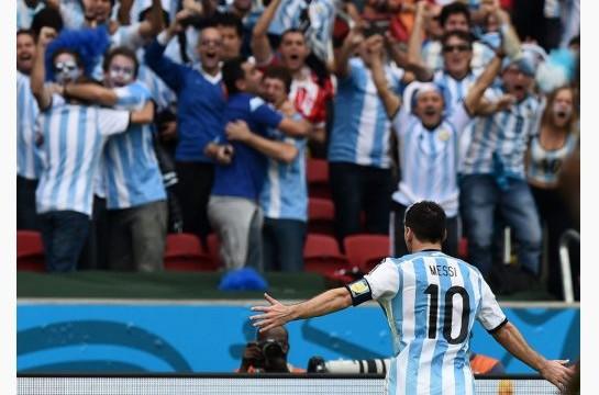 Messi trascina l'Argentina, mentre la Francia si accontenta