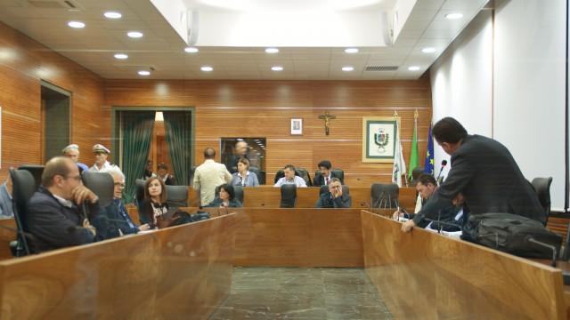 Il consiglio comunale di Guidonia Montecelio boccia mozione pentastellata