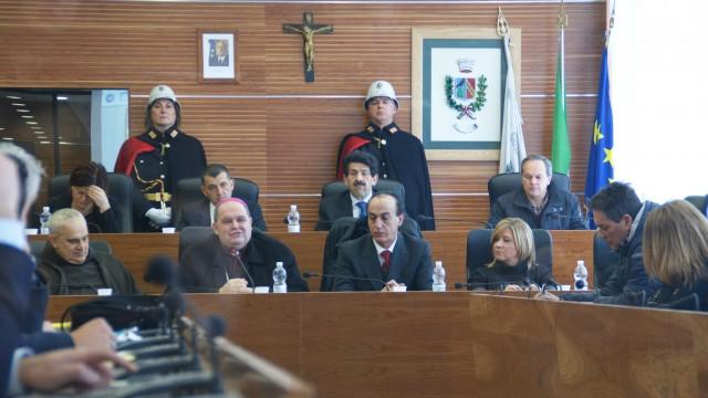 """Visita Vescovo durante celebrazioni Giornata della Memoria: """"coincidenza calzante"""""""