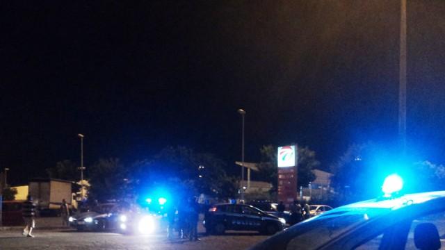 Accoltellate cinque guardie giurate al Car, aggressione nella notte ad opera di extracomunitari egiziani