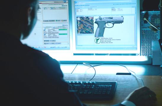 """Pistola intelligente """"i-PROTECT"""" e sistema ODINO 5 per i Carabinieri"""