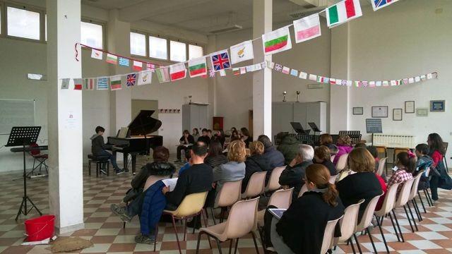 Saggio all'Alfredo Baccelli di Tivoli. Storia degli indirizzi musicali nelle scuole di I° grado italiane