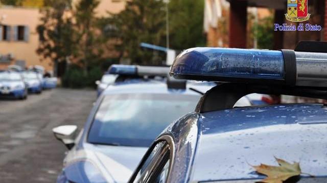 Poliziotto salva in extremis dal suicidio un ragazzo