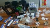 Seminterrato trasformato come deposito di droga e munizioni