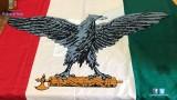 Tenta di esporre Aquila su Fascio littorio a Montecitorio. Foglio di via per..