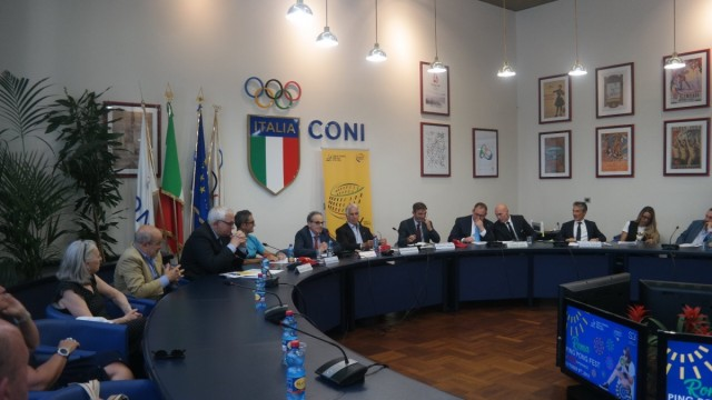 Il ping pong arriva a Roma