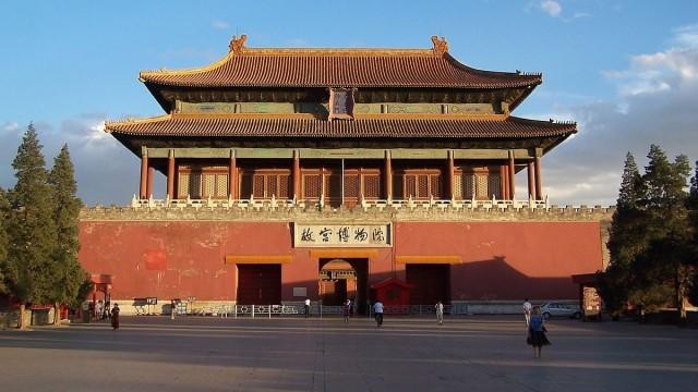 """Il sindaco di Tivoli ringrazia il direttore generale del """"Palace Museum"""" di Pechino"""